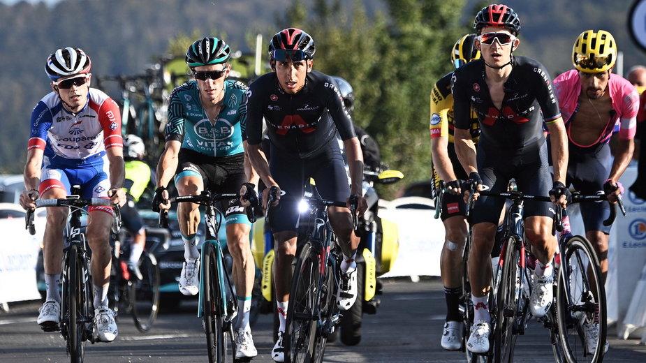 Kolarze na trasie Tour de France