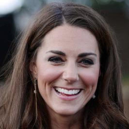 Kate Middleton odwiedza fryzjera 3 razy w tygodniu!
