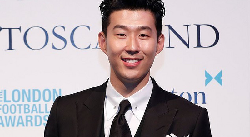 Tottenham star Heung-min Son beats Kane, Aubameyang to win Premier League Player of the Year at London Football Awards