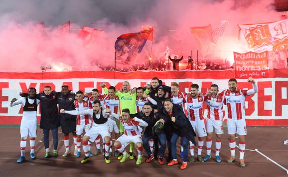 Slavlje crveno-belih posle meča Crvena zvezda - Čukarički kojom je završena jesenji deo sezone