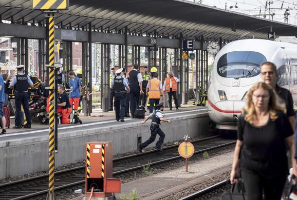 frankfurt stanica 03