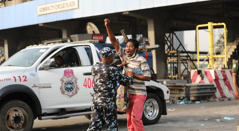 'No Justice, No Peace' Lagos State Police arrest protesters at Lekki Toll Gate