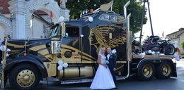 Pojechali do ślubu amerykańską bestią