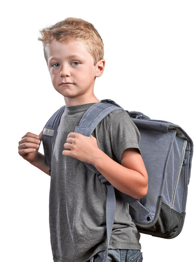 Školska torba ne treba da prelazi 10 odsto težine deteta