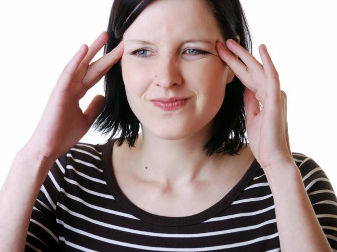 Usredsredite se na glavobolju dok ne nestane