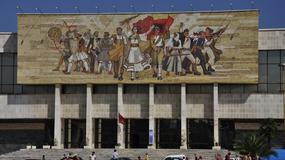 25 dowodów na Albanię