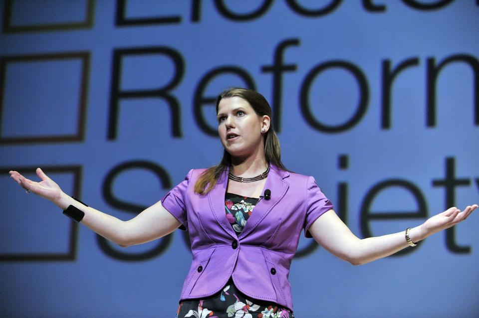 Wygrana: Jo Swinson - Liberalni Demokraci