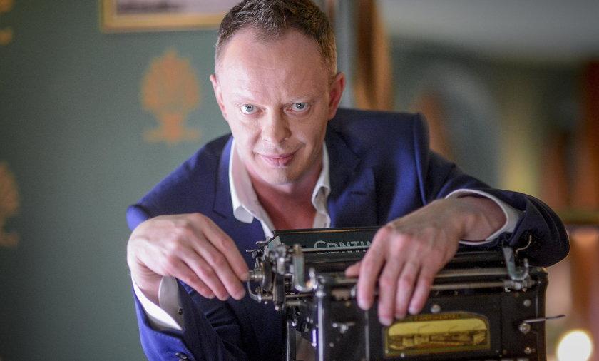 """Piotr Krysiak, autor """"Dziewczyn z Dubaju""""."""