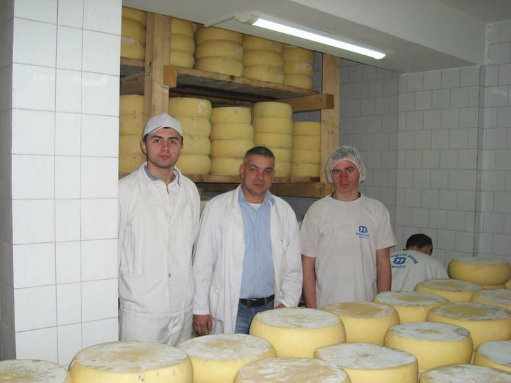 323717_pirot05-u-komori-mlekarske-skole-gde-kackavalj-treba-da-bude-tri-meseca