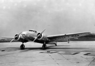 Fokkery, boeingi, lockheedy. Przedwojenny biznes lotniczy zdominowały USA