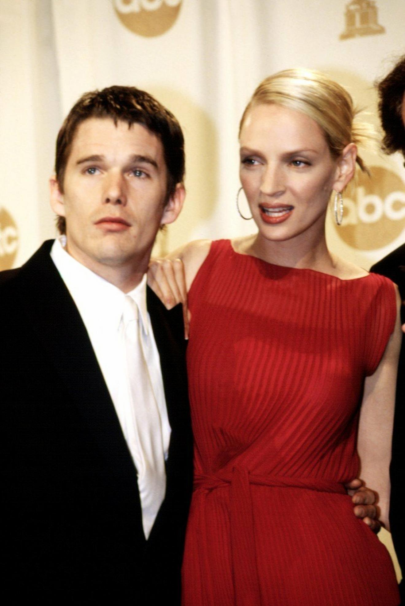 Sa bivšom suprugom na dodeli Oskara 2000. u Los Anđelesu: Uma Turman i Itan Hok