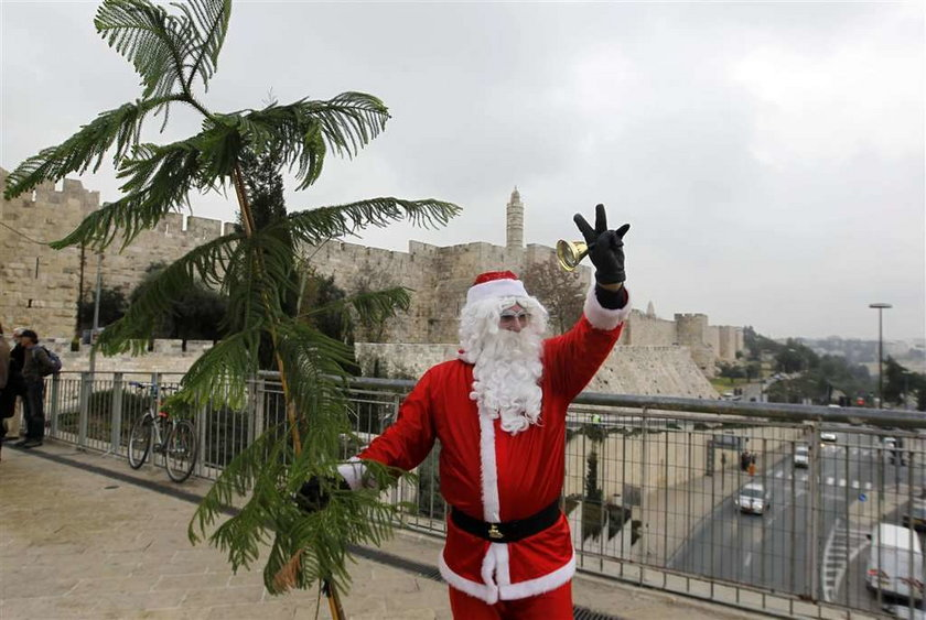 To nie jest prawdziwy Mikołaj! Wymyśliła go Coca-Cola