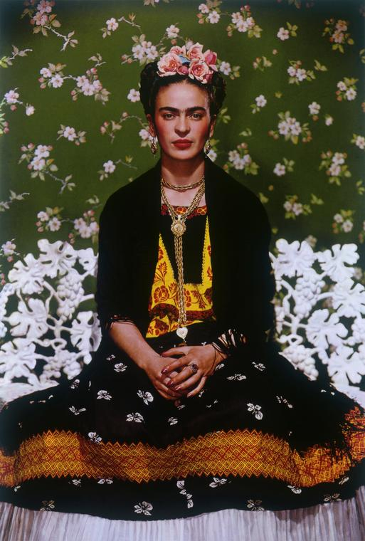 Nickolas Muray Frida na ławce/Frida on Bench © Nickolas Muray Photo Archives