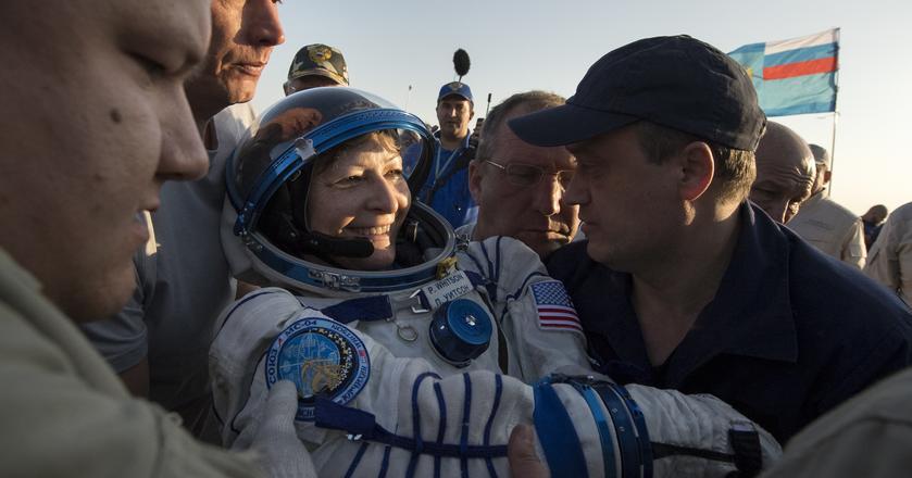 Peggy Whitson w swojej karierze spędziła poza Ziemią w sumie 665 dni
