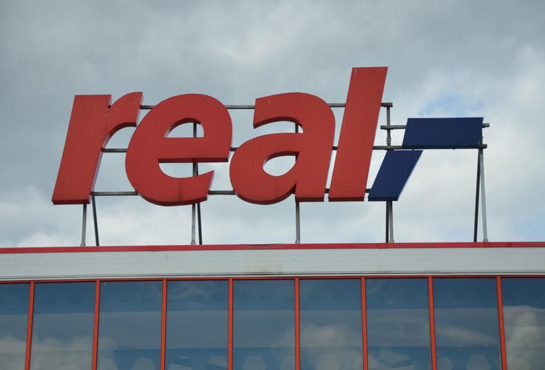 Sieć hipermarketów Real, należąca do Metro Group.