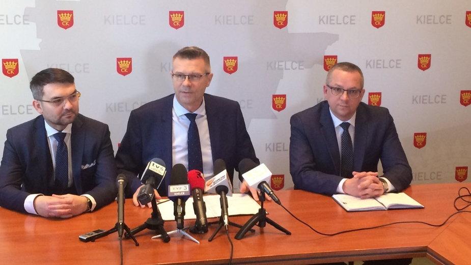 Bogdan Wenta i jego zastępcy: Marcin Różycki i Arkadiusz Kubiec