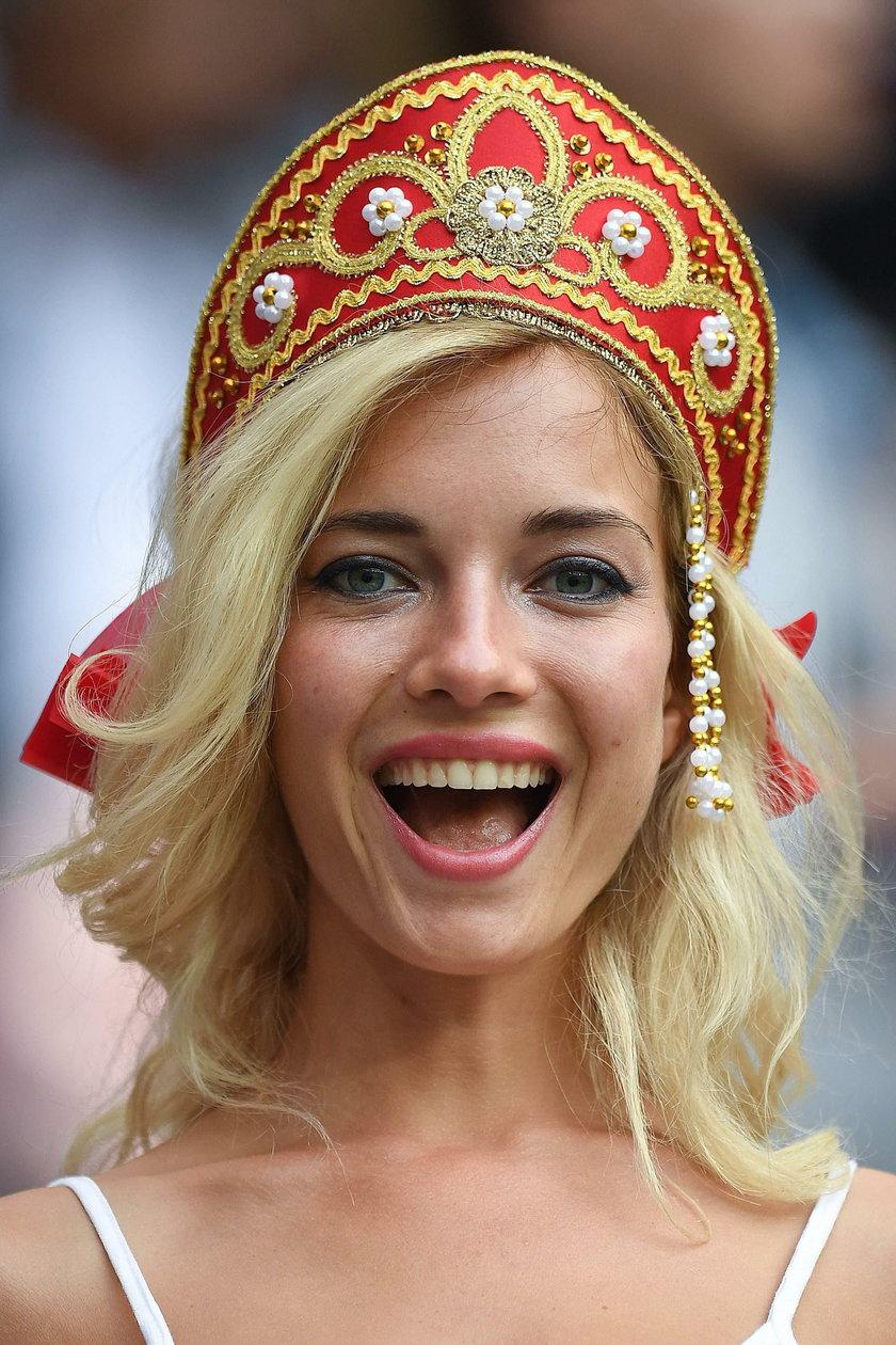 Miss mundialu już wybrana. Kiedy nie kibicuje, gra w filmach dla dorosłych