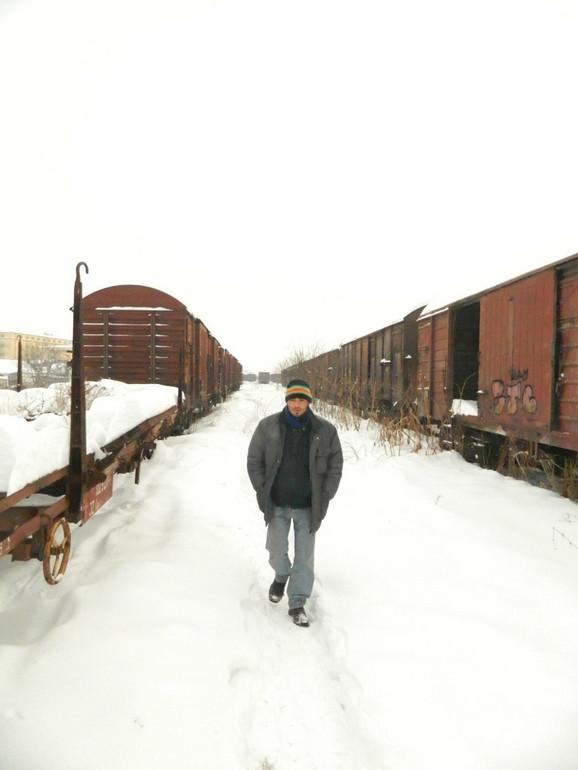 Ljubomorno čuvaju svoj vagon - jedan od beskućnika iz Zrenjanina