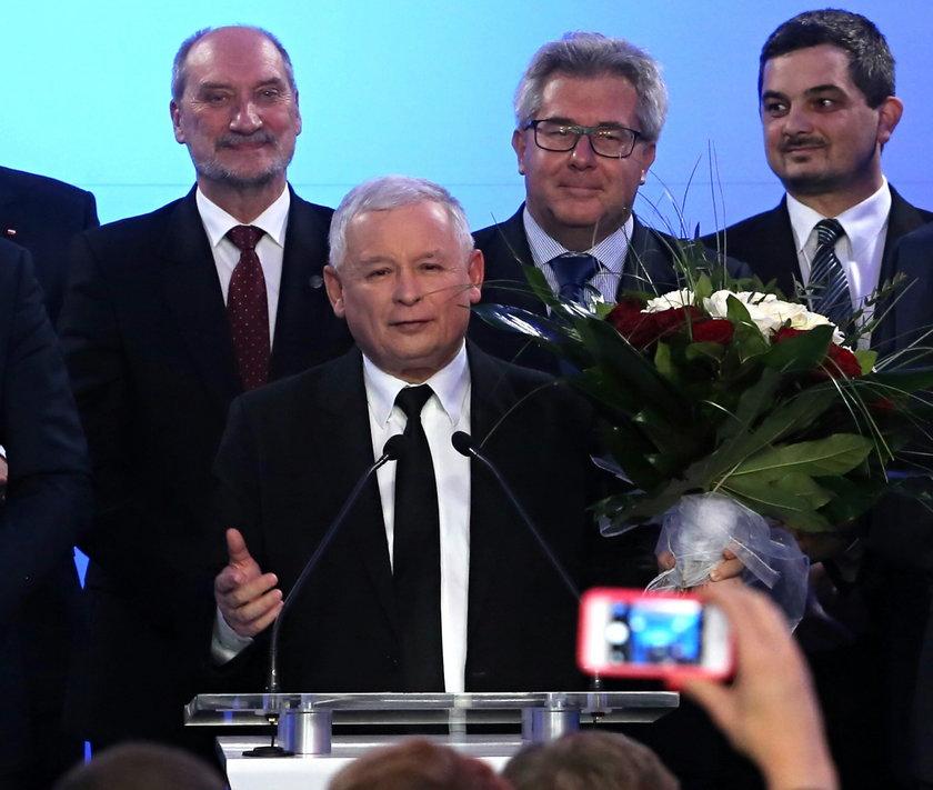 PiS dziękuje Hofmanowi za wygraną