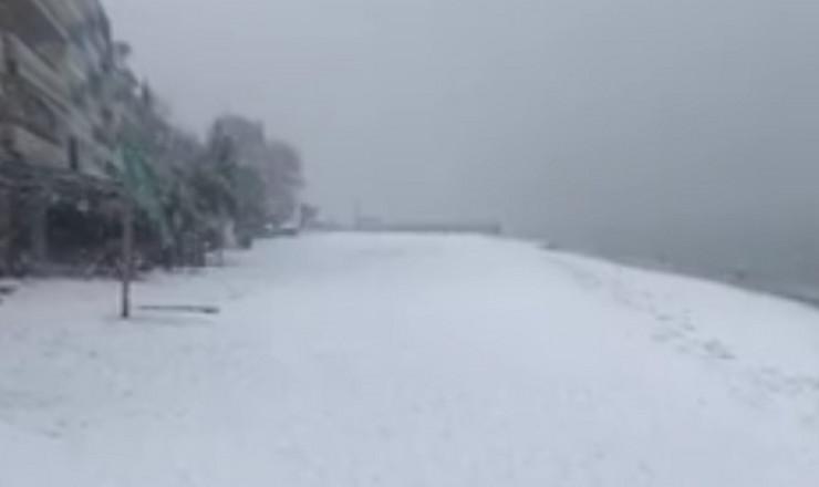 Grčka sneg prtscn