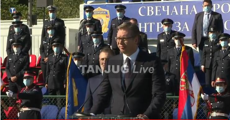 Aleksandar Vučić, Makiš