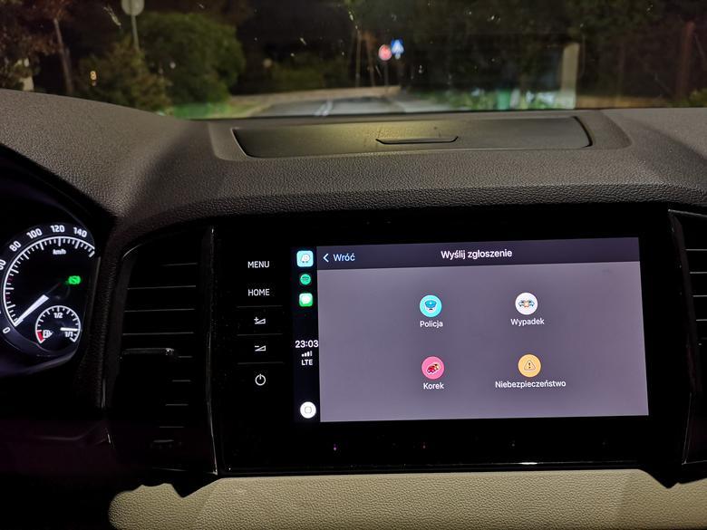 Cztery podstawowe rodzaje ostrzeżeń Waze w CarPlay