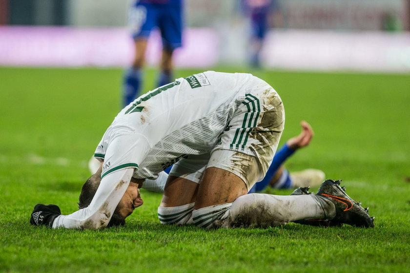 Wojciech Golla (28 l.) zerwał więzadła krzyżowe przednie w kolanie.