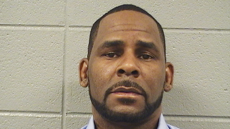 R. Kelly has been arrested by the police in Chicago on charges related to federal sex crime [APNews]