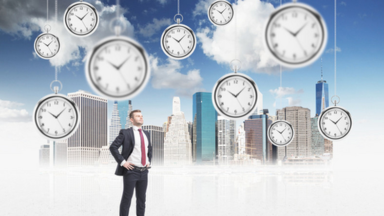 czas pracy, praca, pracownik/ fot. Shutterstock