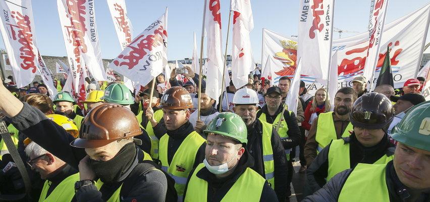 Związkowcy z kopalni Turów protestują w Luksemburgu. Miasto zostało zamknięte