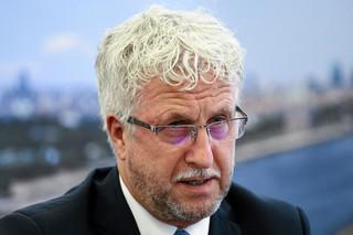 B. wiceprezydent Warszawy występuje z PO