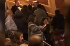 """Vikao u pozorištu """"Hajl Hitler! Hajl Tramp! jutjub"""