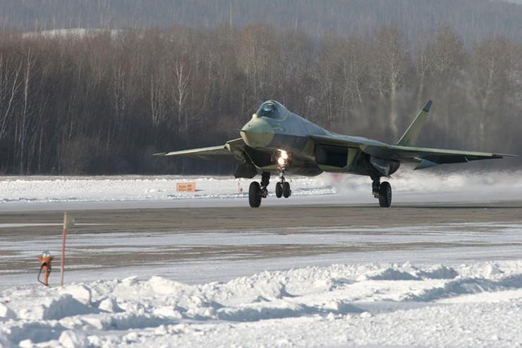8607_ruski-bombarder-suhoj-afp