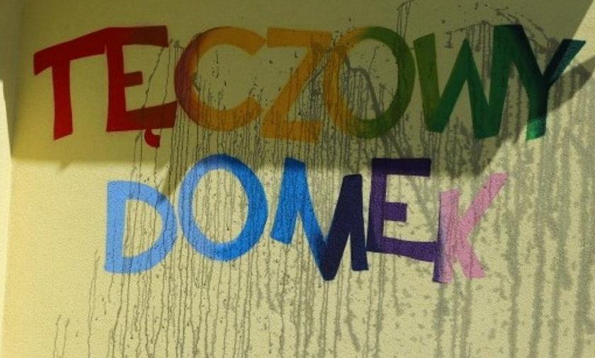 Ktoś zniszczył ścianę przedszkola Tęczowy Domek w Świdniku.