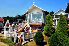LUKSUZ ZA ONAJ SVET Gastarbajterske grobnice u Istočnoj Srbiji izgledaju bolje od pola SRPSKIH DOMOVA (FOTO)