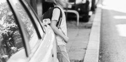 Autystyczny chłopczyk szedł środkiem ulicy. Nikt nie reagował