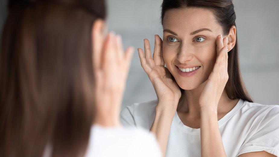 Czy dieta może spowolnić starzenie skóry?