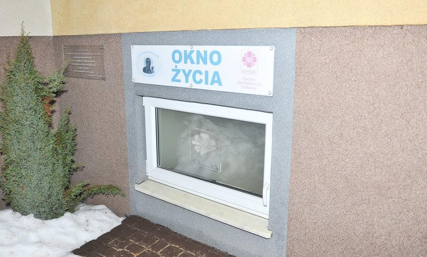 Okno życia w Piotrkowie Trybunalskim.