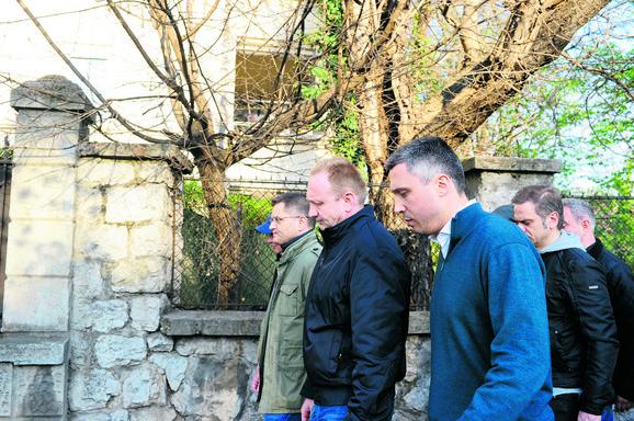 Čelnici SzS i evropske diplomate sastale su se mimo dijaloga na radnom doručku