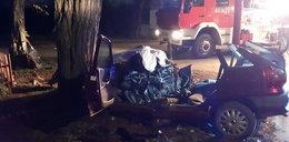 Tragiczny wypadek w Brzozowej. Dwie osoby nie żyją, są ranni