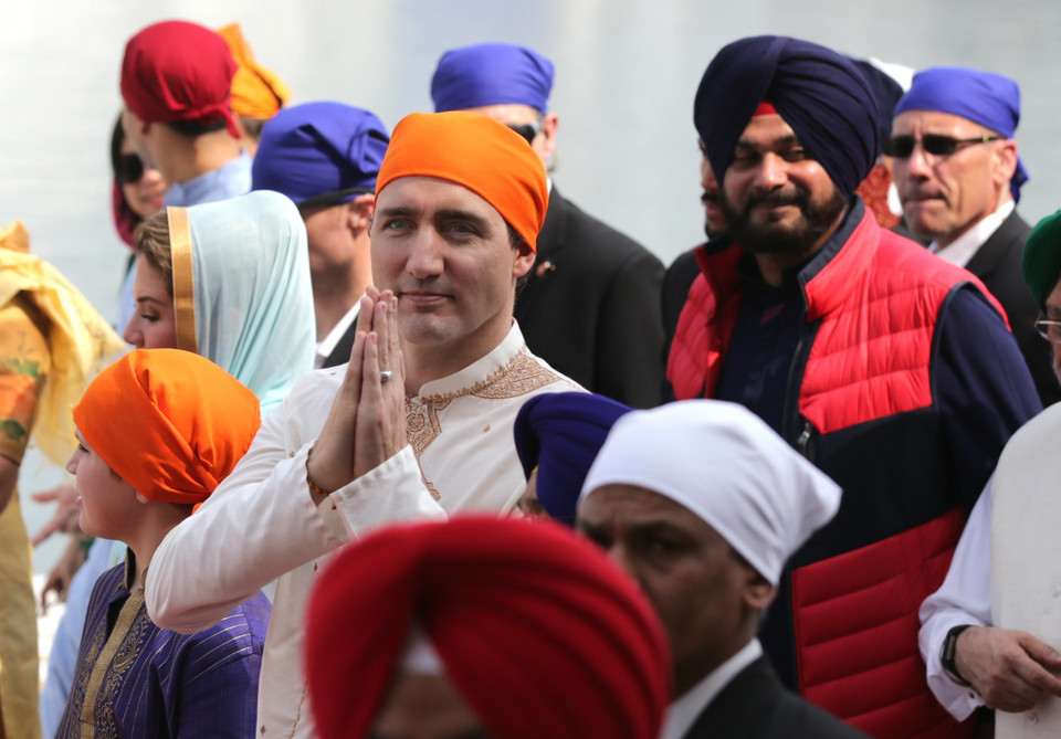 epa06548922 - INDIA CANADA DIPLOMACY (Canadian Prime Minister Justin Trudeau and family visit Amritsar)