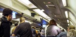 Kopała i gryzła stewardessy. Chciała dostać się do pilota