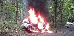 Radiowóz uderzył w drzewo. Kompletnie spłonął