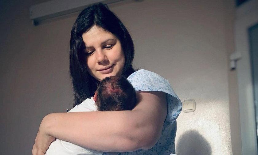 Macocha urodziła dziecko swojemu byłemu pasierbowi.