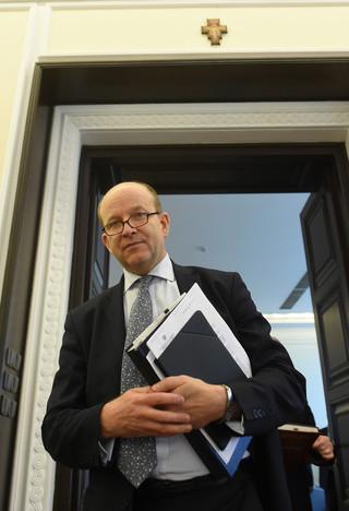 Podwyżki dla pielęgniarek pod lupą ministra zdrowia:. 'Nie zadawalają nikogo'