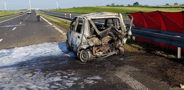 Potworny wypadek. Mężczyzna spłonął w samochodzie