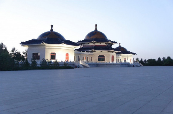 Mauzolej Džingis Kana u Mongoliji
