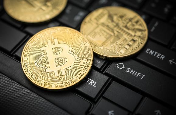 što trebam učiniti da bih uložio u kriptovalutu znati kada treba trgovati bitcoinima