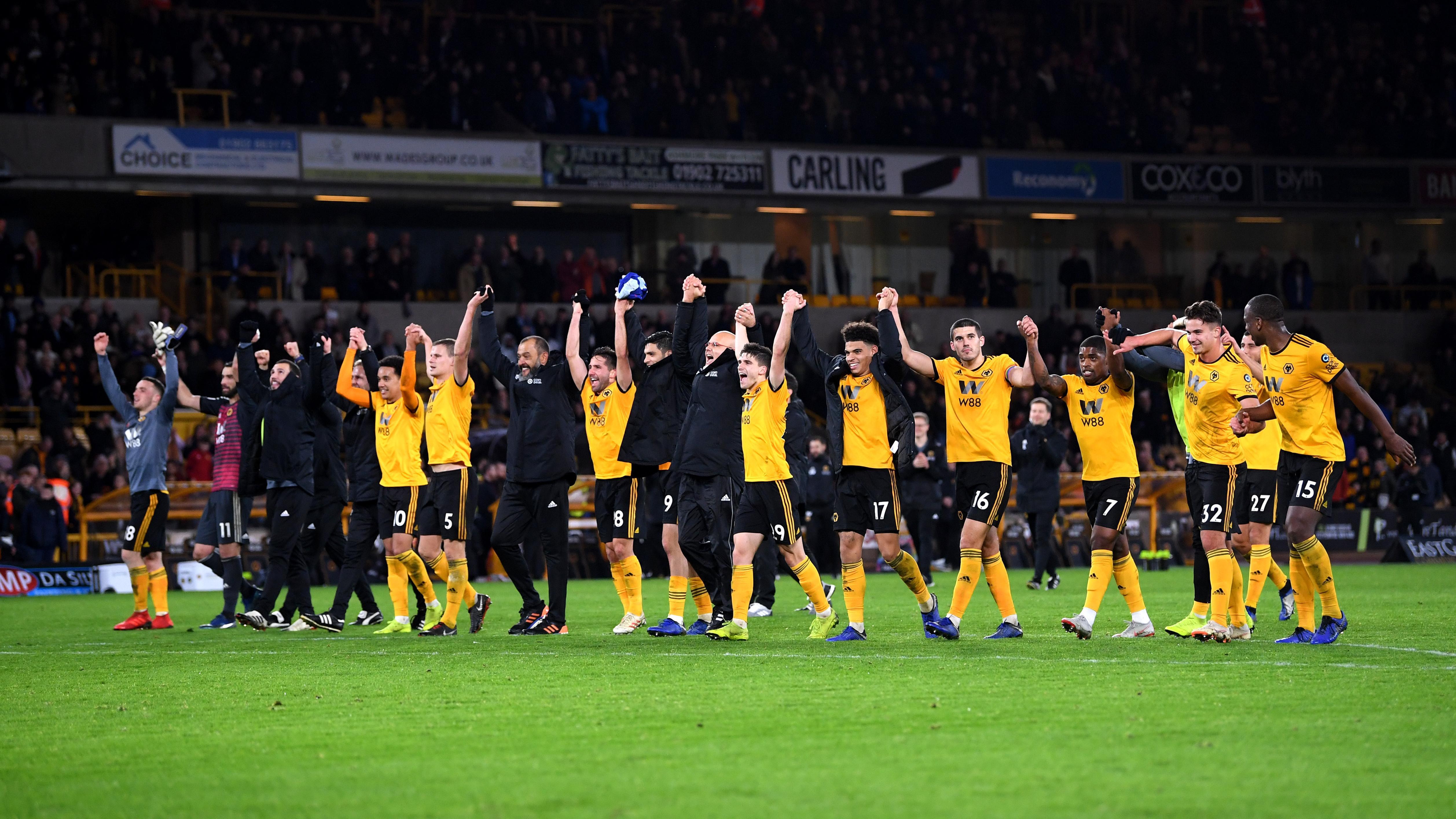 789f4bafc61f9 Wolverhampton Wanderers pomógł Wilkom Różana - Piłka nożna