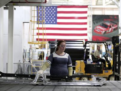 Gospodarka w USA nieco zwolniła. Ale zaskoczyła analityków